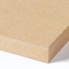 <p>MDF-plaat met hoge kwaliteit (L-MDF volgens EN 622-5) met een hard, fijn en gladgeschuurd oppervlak. Fibrabel kan worden gebruikt voor niet-structurele toepassingen in droge omgevingen. Deze plaat heeft een lage uitstoot van formaldehyde (categorie E1)